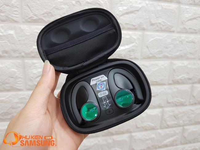 Tai nghe Bluetooth Plantronics BackBeat FIT 3100 chính hãng giá rẻ